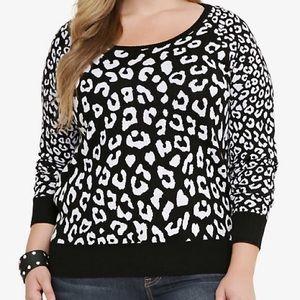 Torrid leopard/animal print sweater size 3